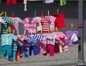 Baba-, gyerekruha és játék börze a Pécsi Vásárcsarnokban