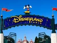 Nyárköszöntő utazás a Párizsi Disneylandbe a Pécsimamival!