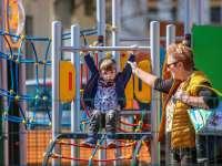 Újra birtokba vehetik a játszótereket a pécsi gyerekek!