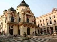 A Pécsi Nemzeti Színház április havi műsora